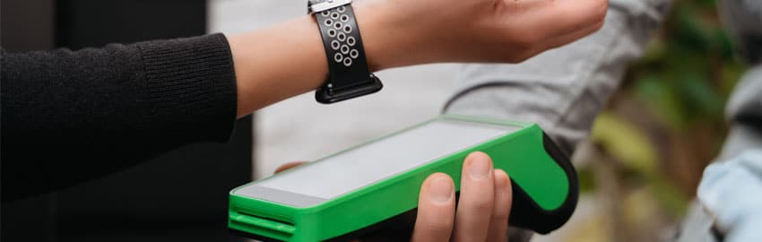 Role of wearables in the retail industry